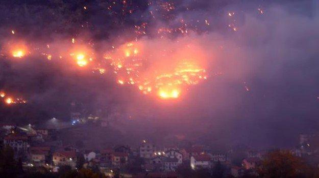 incendio-valle-di-susa-625x350